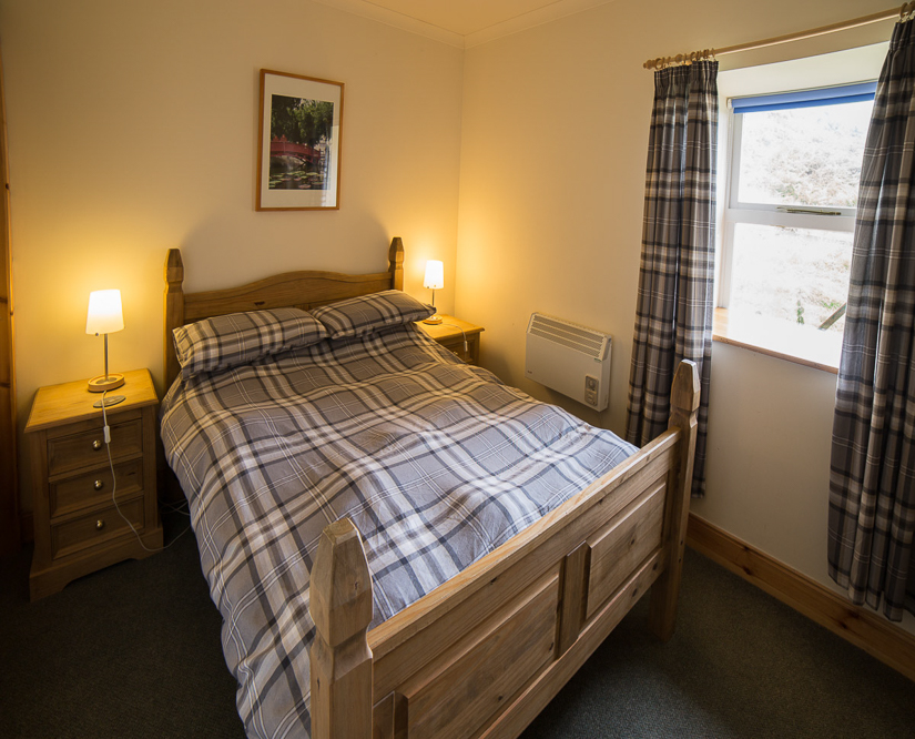 self-catering-holiday-home-bedroom-upstairs