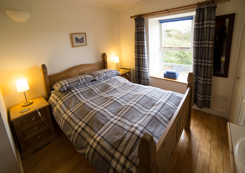 Double bedroom Self Catering Cottage Mull